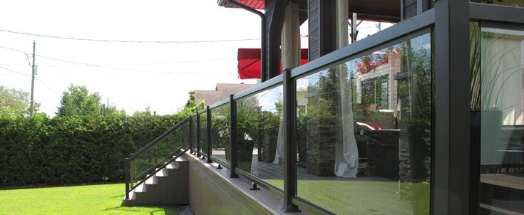 Panneau de verre - Matériau pour rampe extérieure -  Matériaux de Matériaux Anctil et Matériaux Magog